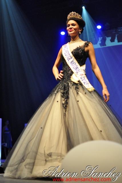 Election Miss Prestige Aquitaine 2013 à Saint Loubès avec Geneviève de Fontenay . Photographe Adrien SANCHEZ INFANTE (62)