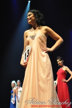 Election Miss Prestige Aquitaine 2013 à Saint Loubès avec Geneviève de Fontenay . Photographe Adrien SANCHEZ INFANTE (84)
