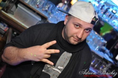 Photo New Pub Andernos DJ Doudou Soirée Andernos-les-Bains Photographe Adrien SANCHEZ INFANTE (12)