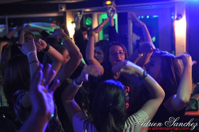 Photo New Pub Andernos DJ Doudou Soirée Andernos-les-Bains Photographe Adrien SANCHEZ INFANTE (20)