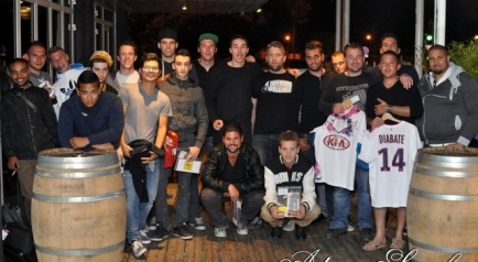 Photo Surf Café Soirée Fifa 2014 21 Avril Association DO IT Photographe Adrien Sanchez Infante (113)