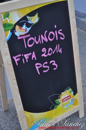 Photo Surf Café Soirée Fifa 2014 21 Avril Association DO IT Photographe Adrien Sanchez Infante (30)