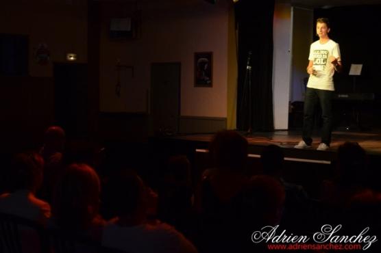 Photo Finale Jeunes Talents du Bassin Artiste 2014 Khelus Bar Gujan Mestras Rémi Castillo Hantcha Niute David Voinson Photographe Adrien SANCHEZ INFANTE (14)
