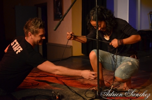 Photo Finale Jeunes Talents du Bassin Artiste 2014 Khelus Bar Gujan Mestras Rémi Castillo Hantcha Niute David Voinson Photographe Adrien SANCHEZ INFANTE (34)