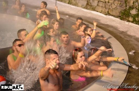 Photo Pool Party RideABar Ridub'Art events Pyrénées Montagne Thermes Cauterets Association Saisonniers Décembre 2014 Photographe Adrien SANCHEZ INFANTE (30)