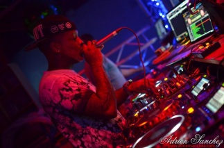 Photo What the Fuck Willy William AGS Event Miky Uno Orijinal Fox Loic Fredo Tony DJ Pacha Plage Photographe Adrien SANCHEZ INFANTE Bassin d'Arcachon (89)