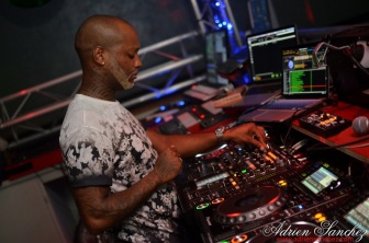 Photo What the Fuck Willy William AGS Event Miky Uno Orijinal Fox Loic Fredo Tony DJ Pacha Plage Photographe Adrien SANCHEZ INFANTE Bassin d'Arcachon (96)