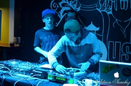 Photo Festi'ju Bagus Bar la teste de buch Mars 2015 Olizamba Eurosia Sound Jeebay DJ MX Ma Ti Bo reggae progressive house trance music photographe adrien sanchez infante (16)
