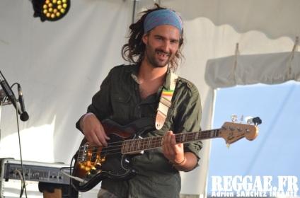 Photo PYRENE Festival 2015 Bordes Pyrénées atlantiques 64 France Reggae Latino photographe adrien sanchez infante Ryon (6)