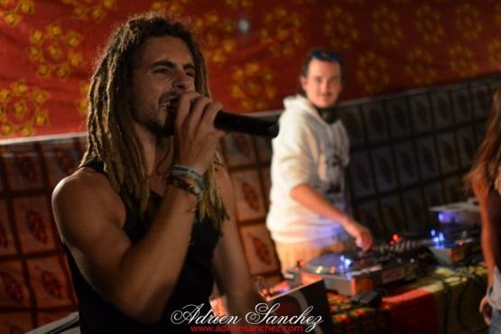 photo boom faya reggae night dougy pierroots eurosia sound twan tee le porge camping de la grigne médoc photographe adrien sanchez infante (31)