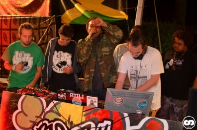 photo boom faya night août 2015 dougy the peace defendaz eurosia sound system ricou selecta triple massy camping de la grigne le porge photographe adrien sanchez infante (6)