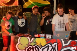 photo boom faya night août 2015 dougy the peace defendaz eurosia sound system ricou selecta triple massy camping de la grigne le porge photographe adrien sanchez infante (7)