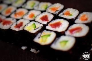 photo club des gourmets marché de la teste de buch bassin d'arcachon traiteur sandwicherie artisanale photographe vidéo vidéaste adrien sanchez infante mise en buch spéciale sushis (7)