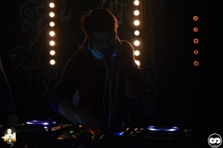 photo bagus bar florent b kambra deejay dj house music deep electro photographe adrien sanchez infante 2015 (11)