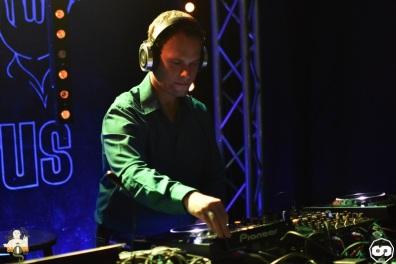 photo bagus bar florent b kambra deejay dj house music deep electro photographe adrien sanchez infante 2015 (3)
