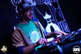 photo released party from the light mixtap i-sens i sens biggus v-lux sound system yupendi yrc production sht crew photographe adrien sanchez infante bagus bar la teste de buch (8)
