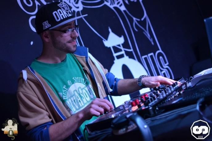 photo released party from the light mixtap i-sens i sens biggus v-lux sound system yupendi yrc production sht crew photographe adrien sanchez infante bagus bar la teste de buch (9)