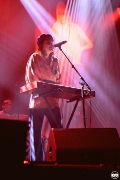 Photo Musicalarue 2018 festival luxey landes photographe adrien sanchez infante la femme sur la planche