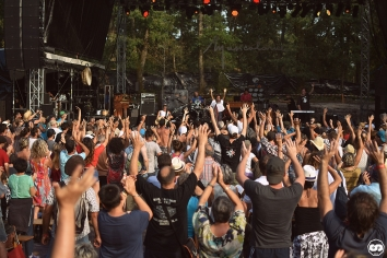 Photo Musicalarue 2018 festival luxey landes photographe adrien sanchez infante Sara Curruchich (16)
